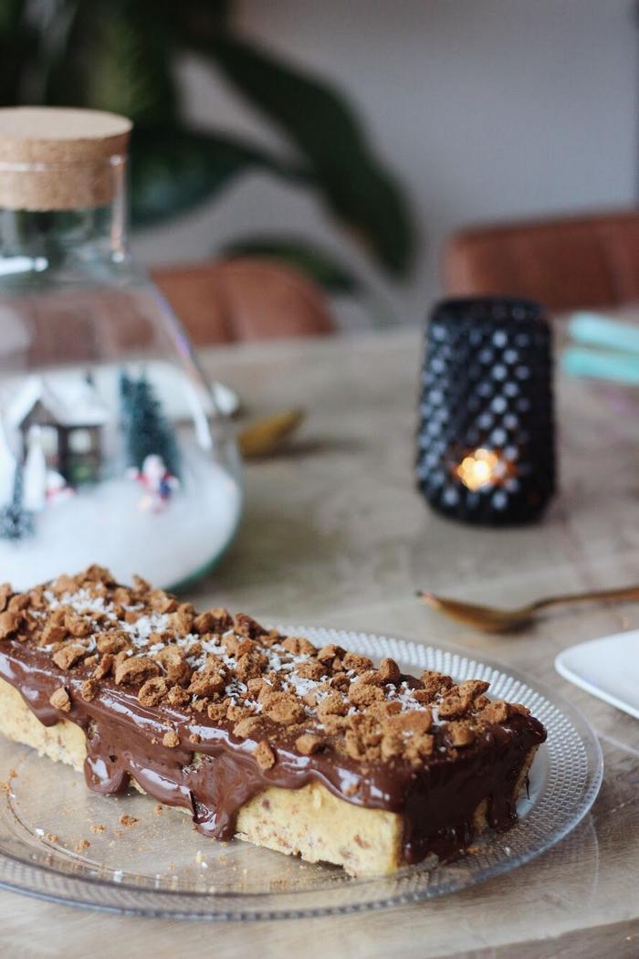 sinterklaasrecept chocolade kruidnotencake chocoladepepernoten taart sinterklaas recept simpel lekker