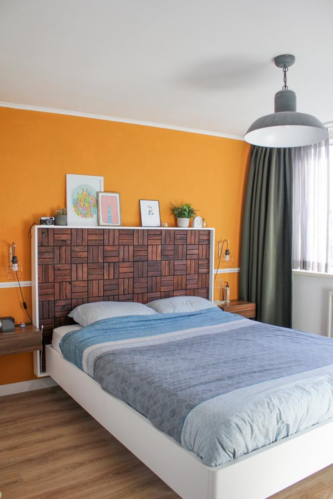 Slaapkamer make-over okergele muur